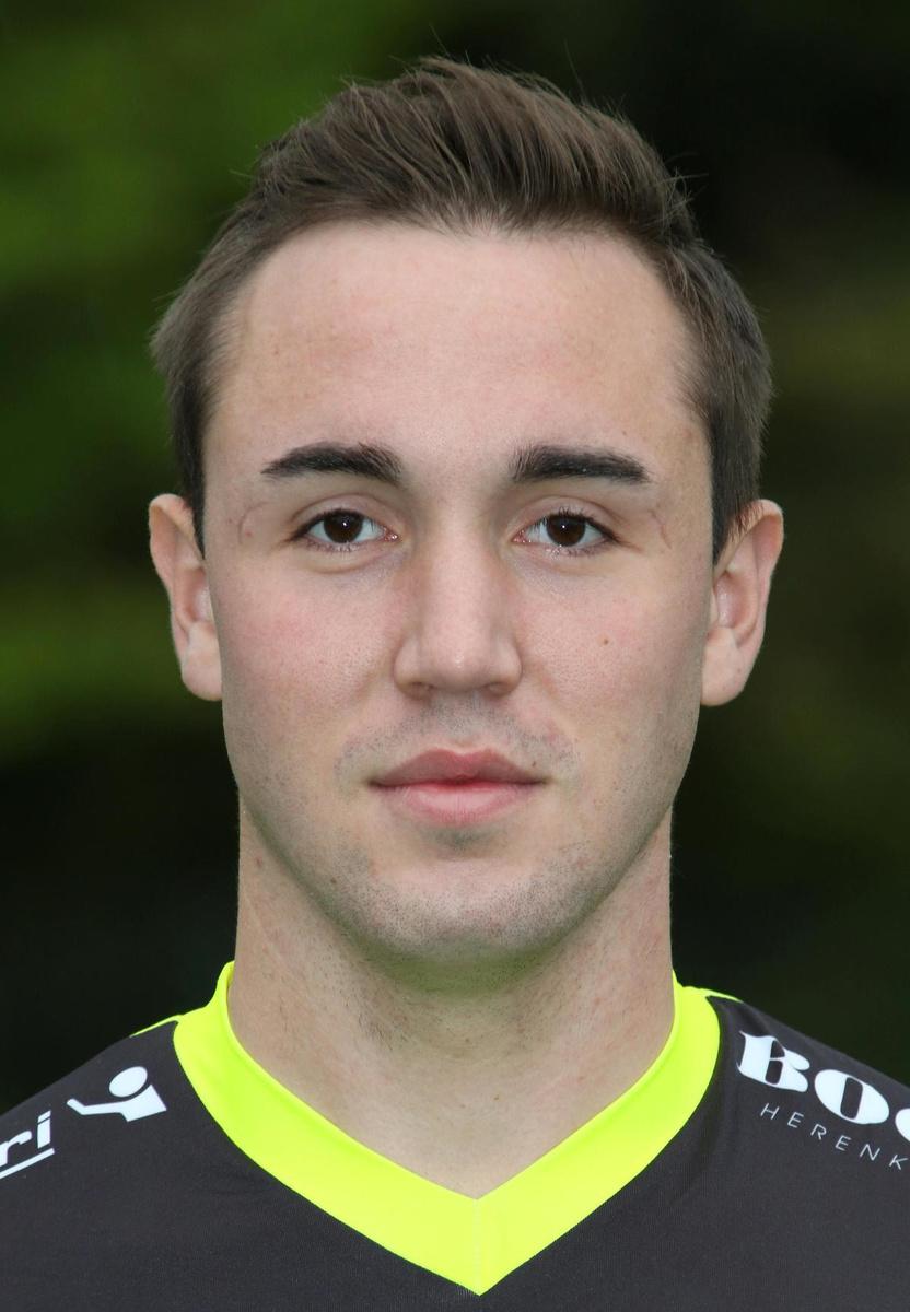 Arne Galens gaat voluit zijn kans om volgend seizoen eerste keeper te worden bij Winkel Sport., VDB