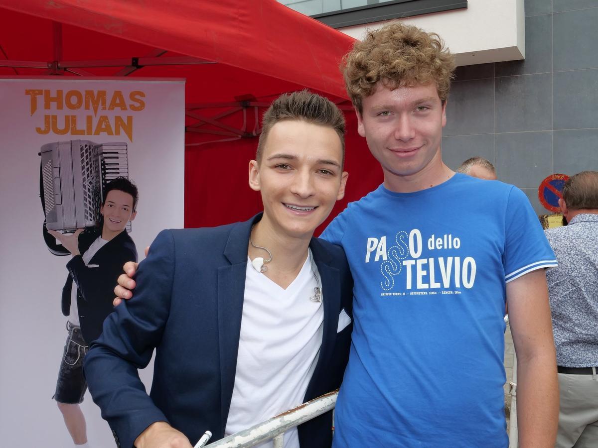 Jens volgt nu eveneens de Duitse carrière van Thomas Julian, die recent een eerste Duitstalige single uitbracht., PADI/Jens
