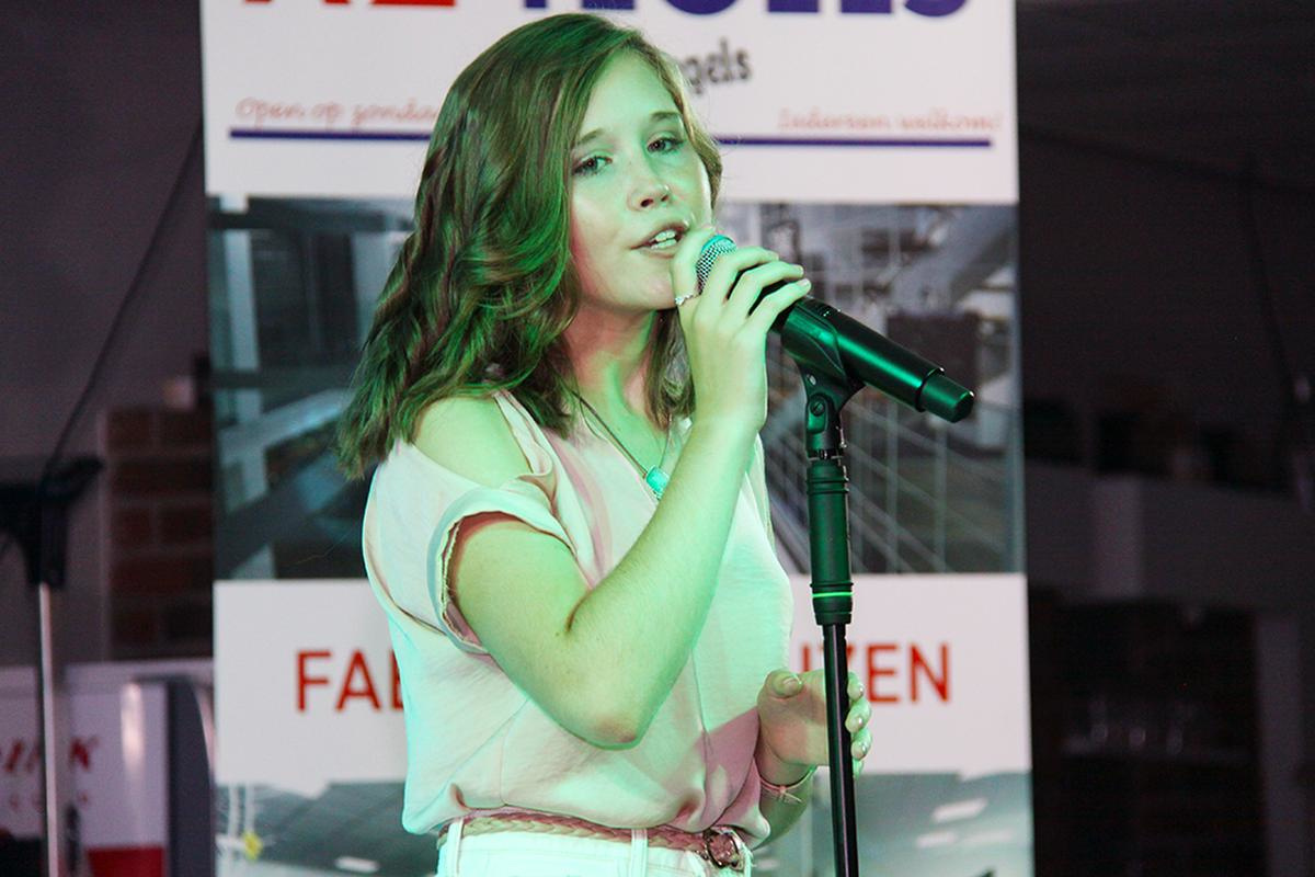 Kitana zong vol overtuiging 'Verboden liefde'., PADI/Daniël