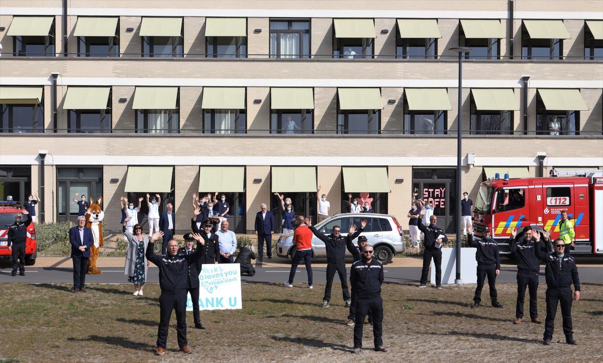 Ook aan revalidatiecentrum KEI (Koningin Elisabeth Instituut) Oostduinkerke klinkt een warm applaus., MVO