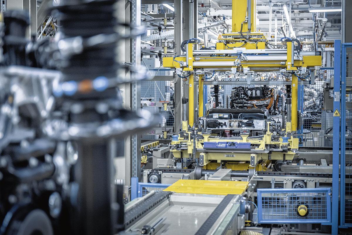L'arrêt de la production entraîne des retards de livraison., Daimler AG