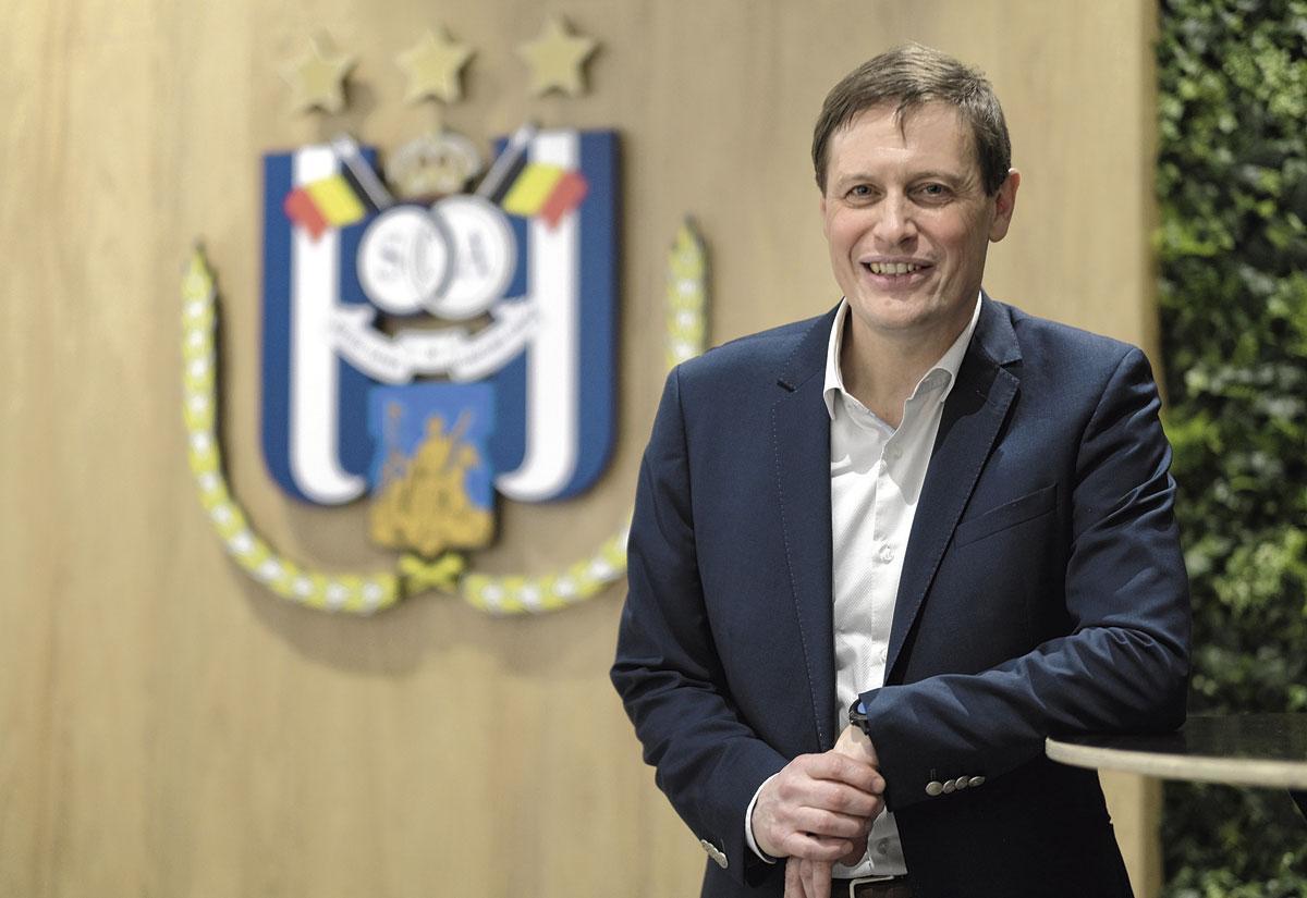 Karel Van Eetvelt zegt dat de toestand bij Anderlecht 'ernstig' is., BELGA
