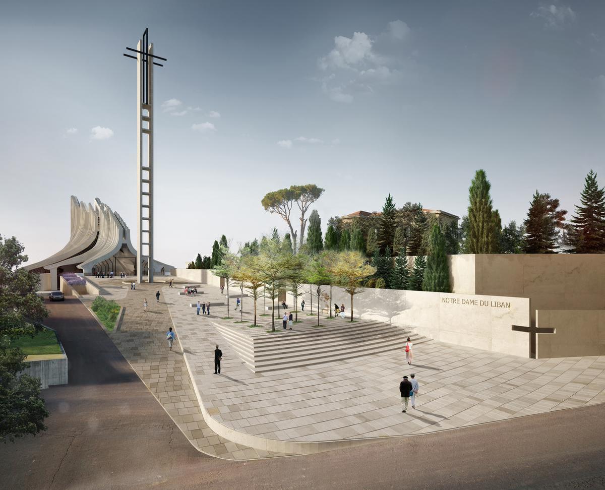 A Harissa, au Liban, la place Jean-Paul II, l'un des projets urbanistiques-phares de ce bureau. Elle a été repensée pour redonner place au piéton et mettre en évidence l'église., 4b