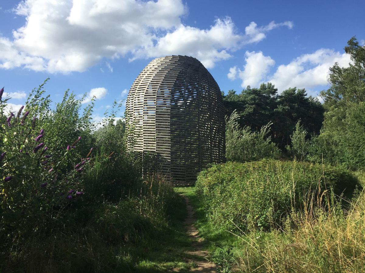 Dome d'Aeneas Wilder, à la Verbeke Foundation, Tineke Schuurmans