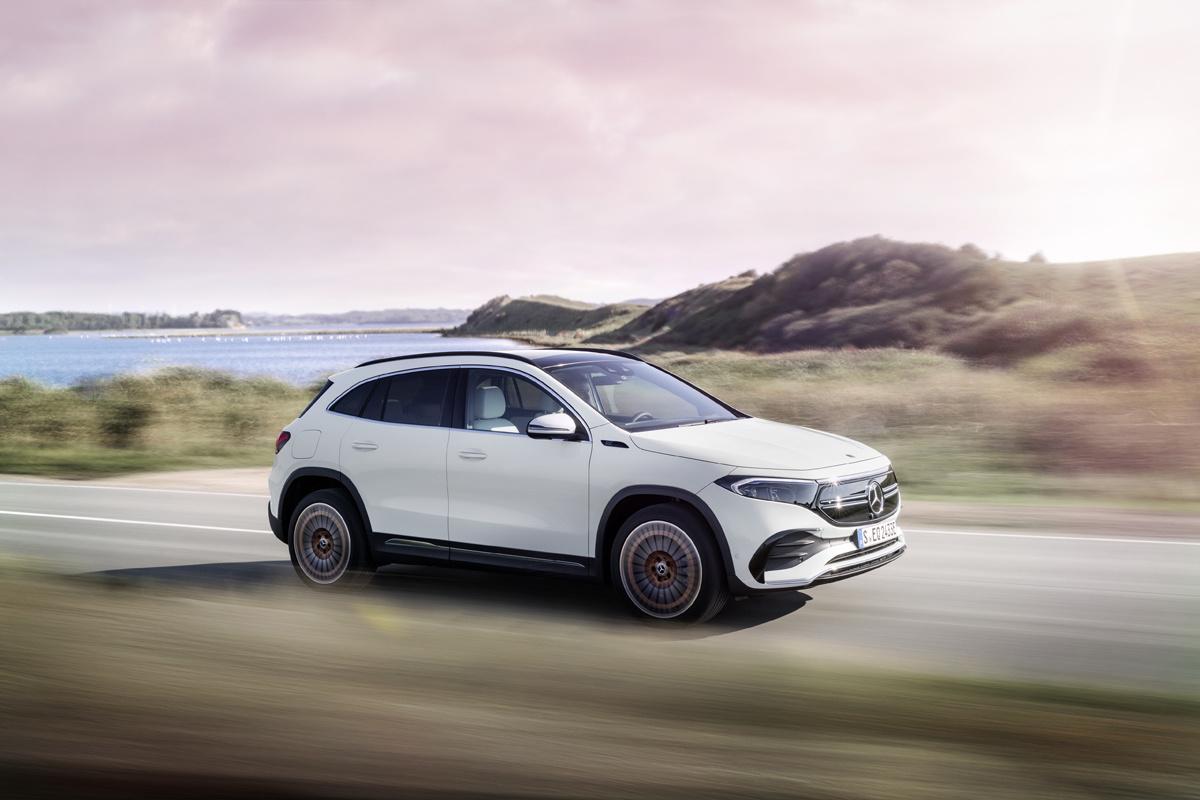 De elektrische EQA voelt aan en rijdt als een echte Mercedes., /