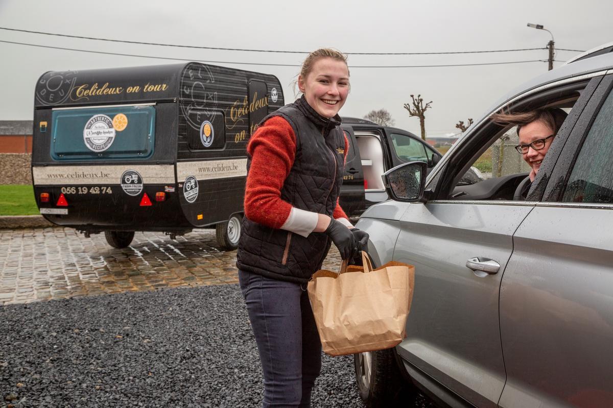 Isabelle Vangeersdaele was al klant bij Célideux, maar vindt dit initiatief een mooie service., foto Jan Stragier
