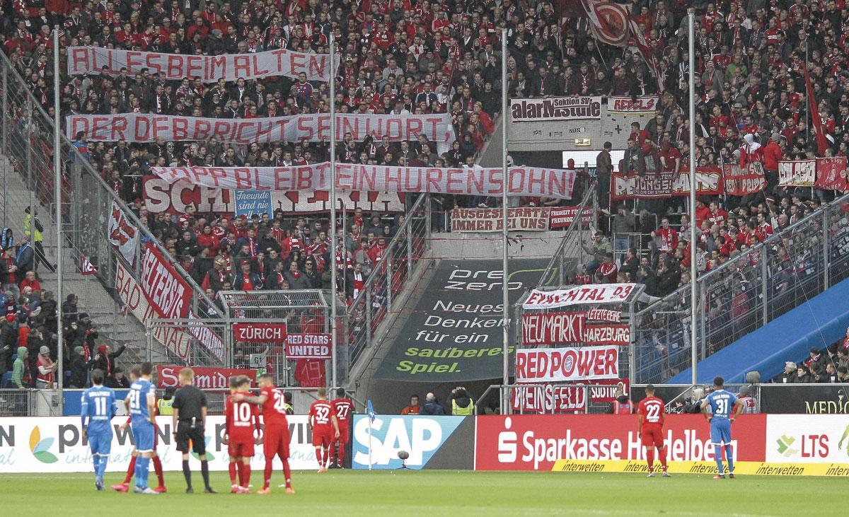 Les stades allemands sont toujours bien garnis, plus qu'en Angleterre, en Italie ou en Espagne., BELGAIMAGE