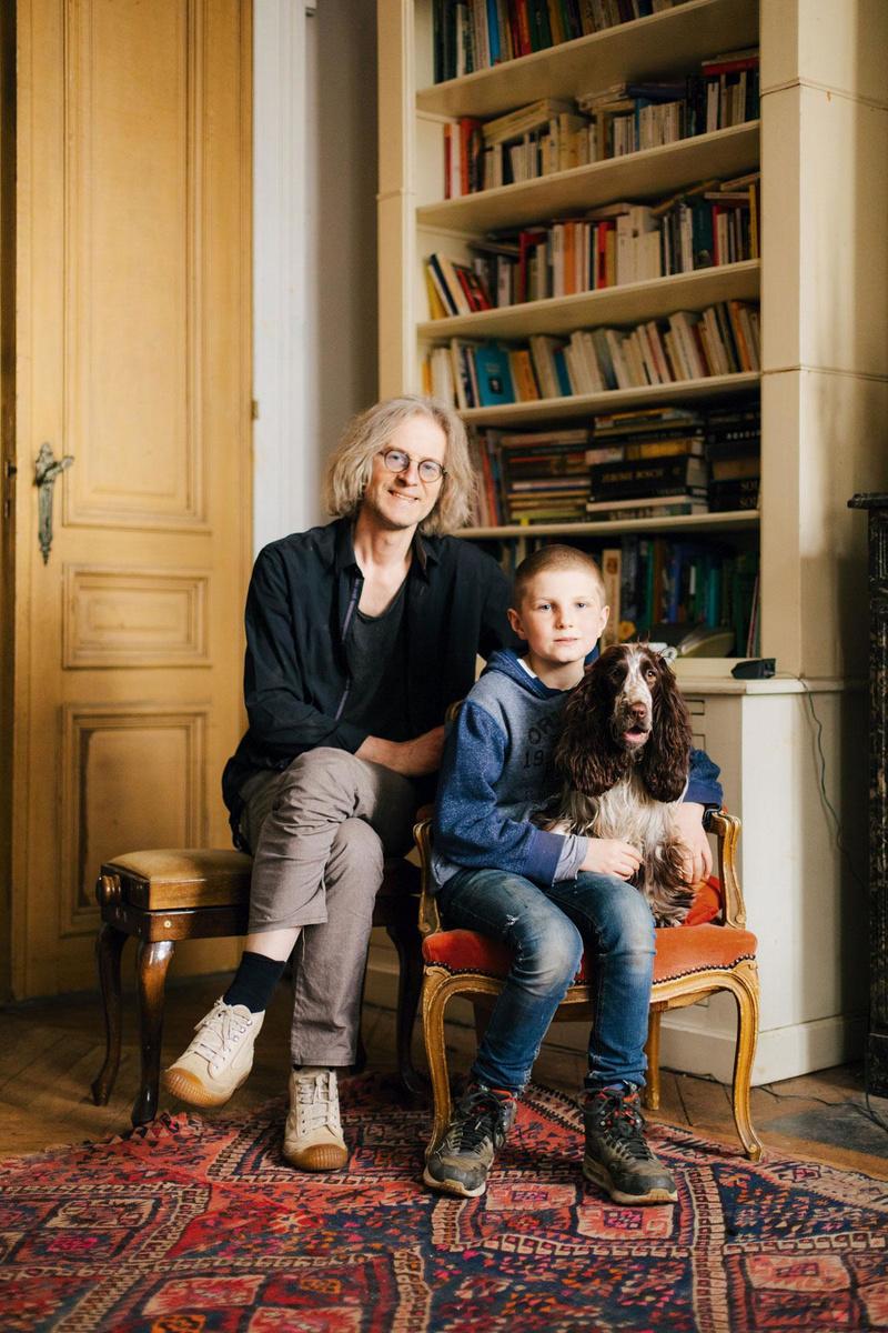 Arnould garde Antonin toute la semaine, ce dernier étant scolarisé dans la capitale et sa maman habitant en Wallonie., MAXENCE DEDRY