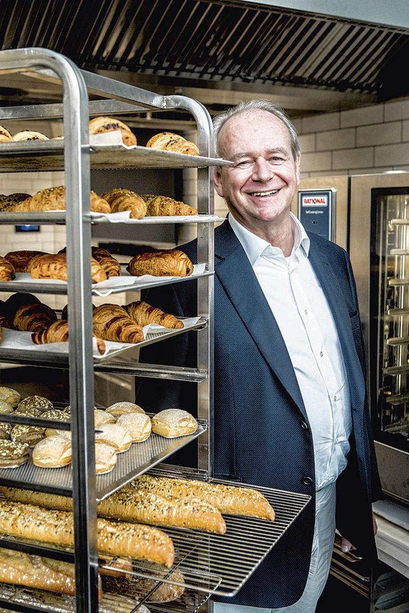 """JULES NOTEN """"Wij wilden dat er voor iedereen brood op de plank kwam."""", Emy Elleboog"""