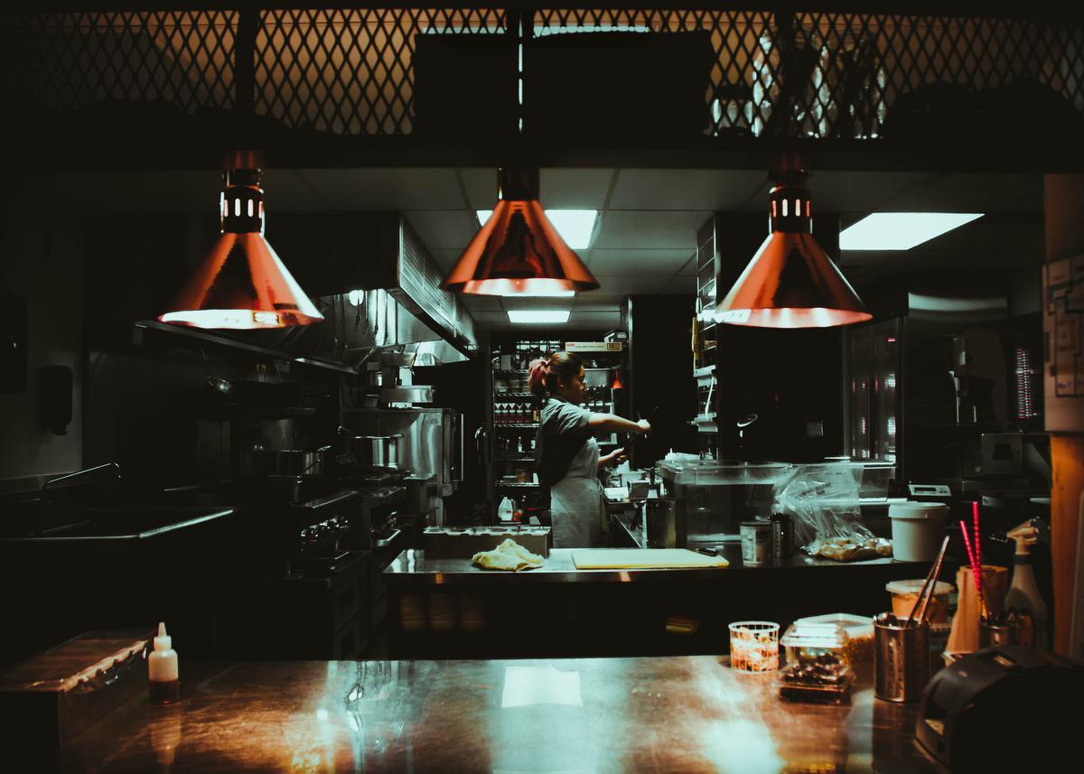 Ghost kitchen, Unsplash - Rohan G