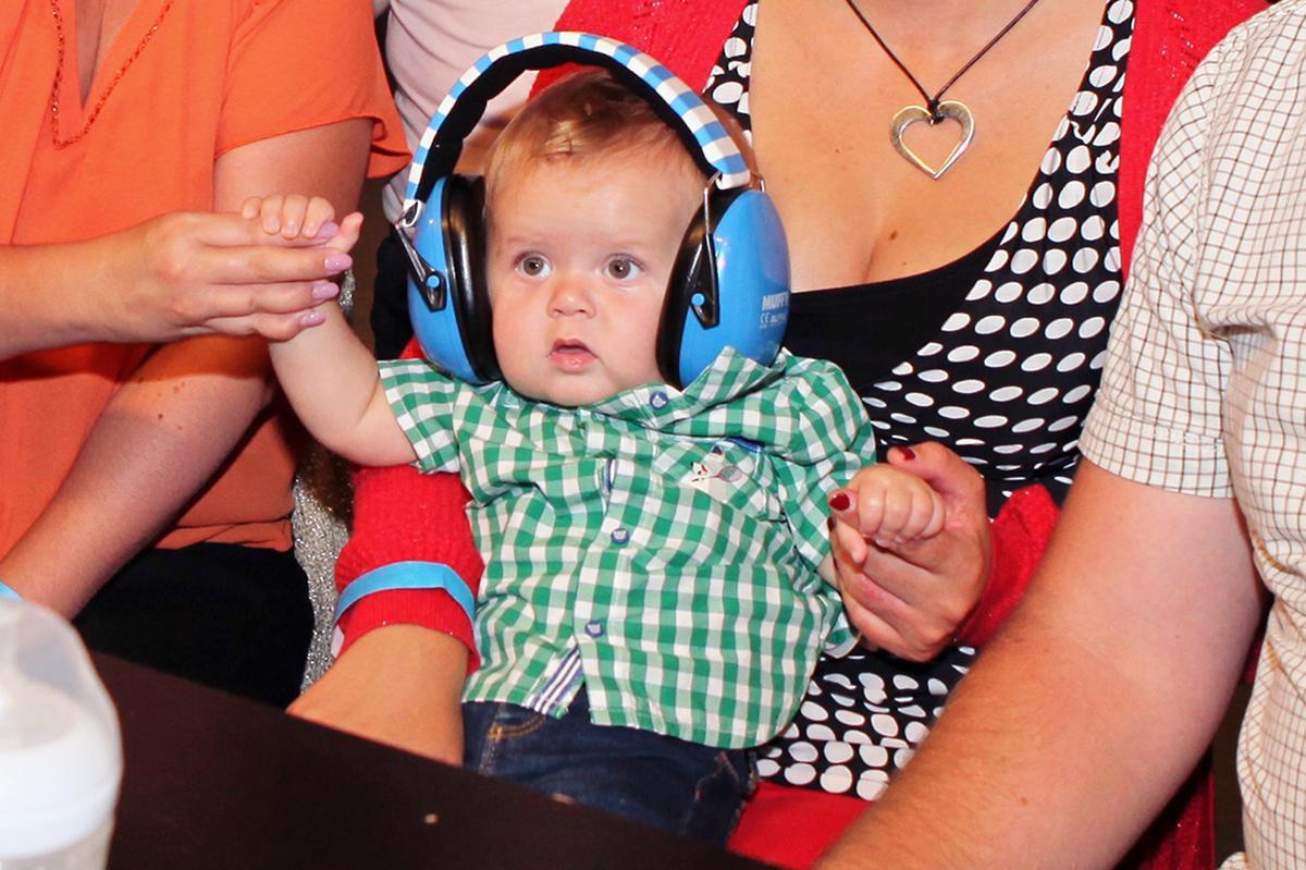 De oortjes van Lucas zijn goed beveiligd., PADI/Daniël