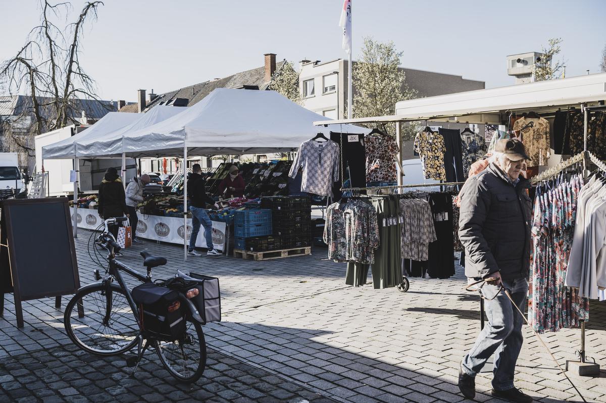 Of het effectief de laatste marktdag in weken is, is nog niet duidelijk. Woensdagnamiddag is er nog overleg tussen het gemeentebestuur en de marktkramers., Olaf Verhaeghe