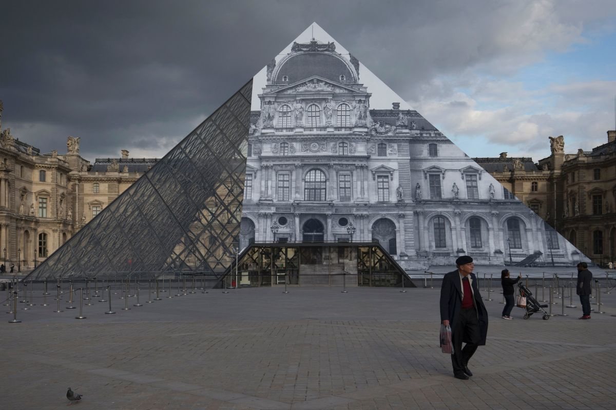 Louvre in 2016, Getty Images