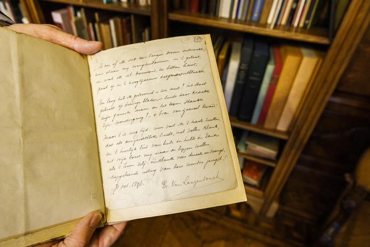Handschrift van Fernand V. Toussaint van Boelaere, Tommy's uitvaart, Victoriano Moreno voor Letterenhuis