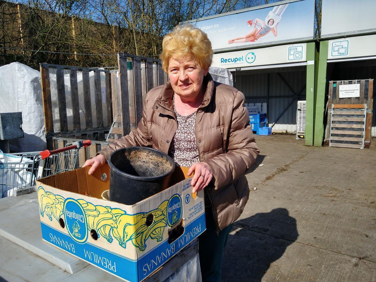 Christine Forment waagde zich nog snel aan een containerparkbezoek., AN
