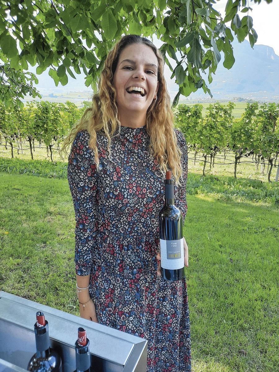 """Veronica Pfeifer (domaine Pfannenstielhof) """"La mission de mon père est de prouver que le schiava peut donner de grands vins de garde."""", XB"""