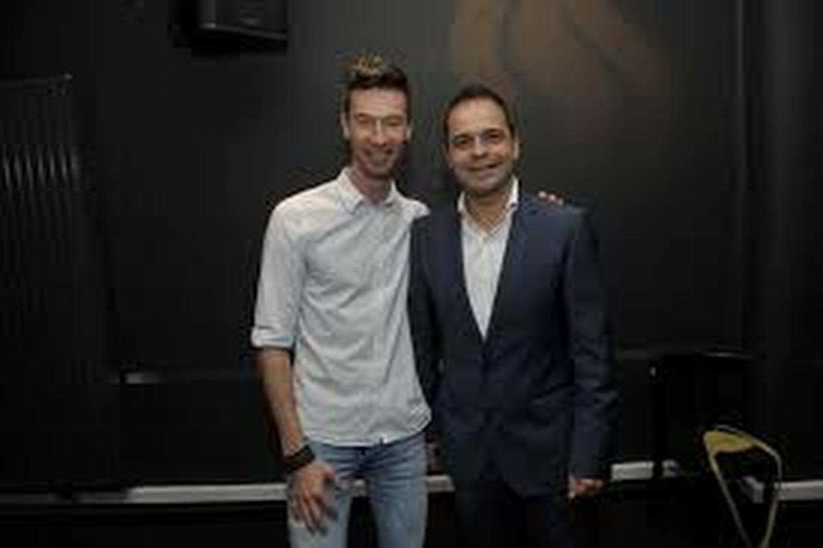 Sam Verhoeven (rechts) van het Fakkeltheater, samen met zijn echtgenoot Michaël Zanders, afkomstig uit West-Vlaanderen., PADI