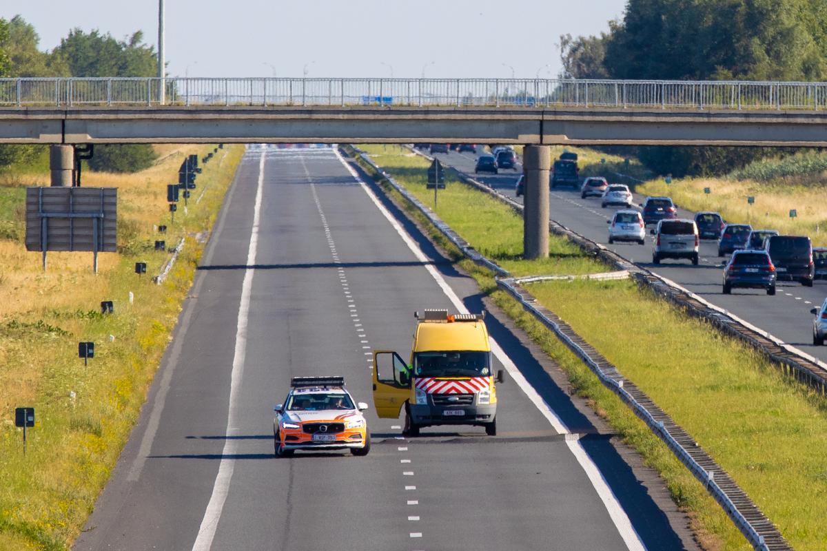 De E403 is tussen Lichtervelde en Torhout afgesloten., Foto Kurt