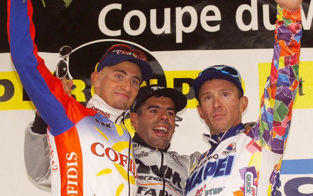 Peter Van Peteghem (m) is de derde en laatste Belgische eindwinnaar in de Ronde op Pasen., AFP