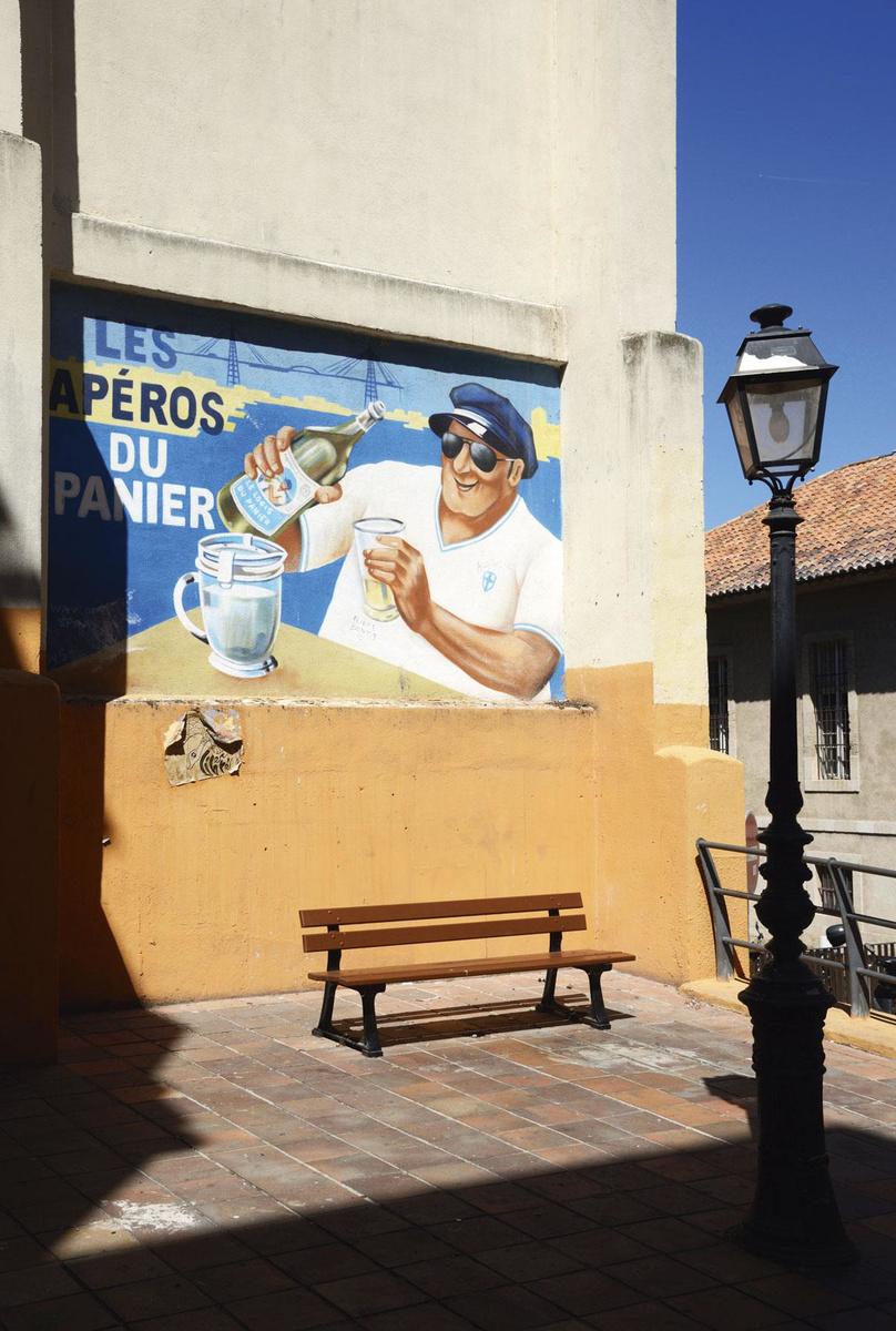 Fresque anisée, au coeur du quartier du Panier., GETTY IMAGES / SDP