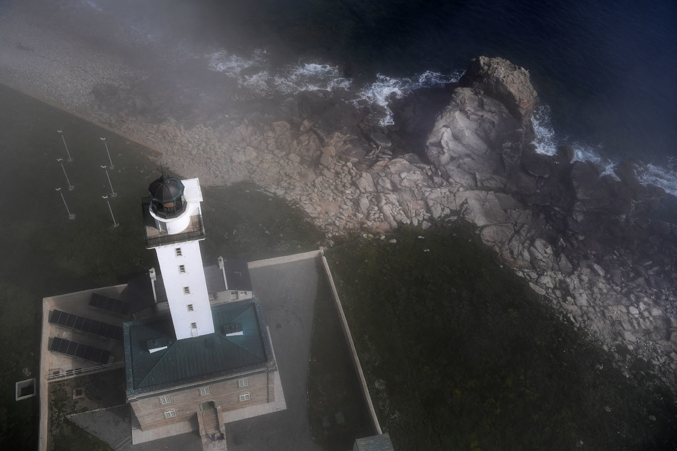 Le phare de l'Île Vierge à Plouguerneau (Bretagne) vu d'en haut, Belga Images
