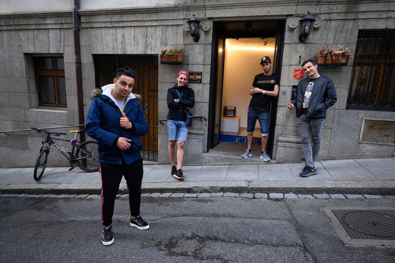 Sofiane Rahmani, l'un des onze mineurs non accompagnés hébérgés à l'hôtel BelEspérance de Genève, Belga Images