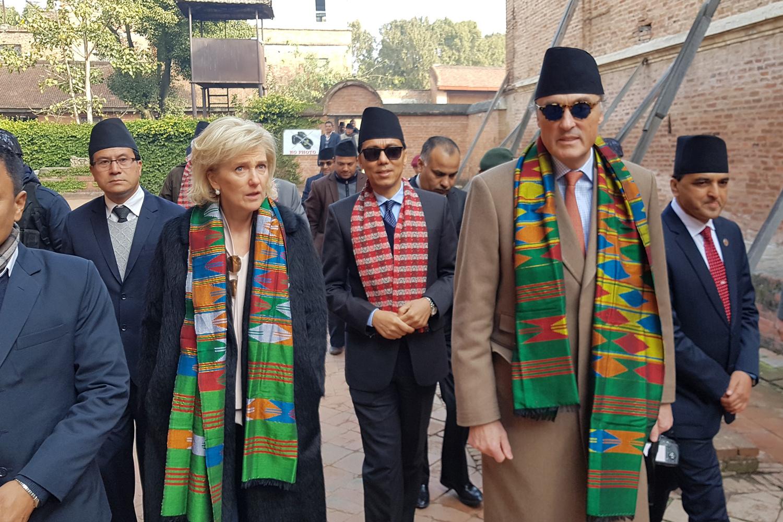 La princesse Astrid le le prince Lorenz de Belgique, à Bhaktapur au Népal, le 21 janvier 2020, Belga Images