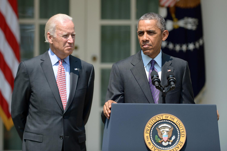 Biden, aux côtés d'Obama, en juillet 2015, Belga Images