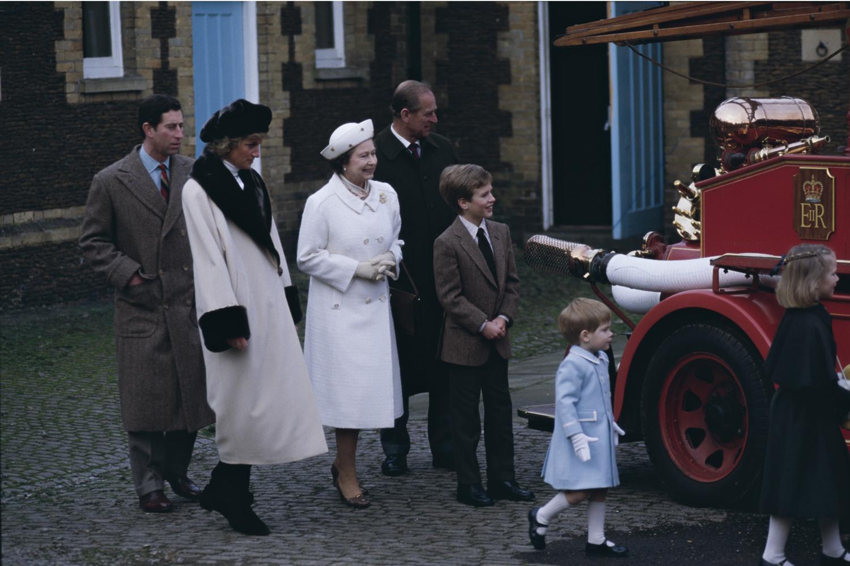 Charles, Diana, Elizabeth, Philip, Peter, Harry et Zara en 1988, Getty Images