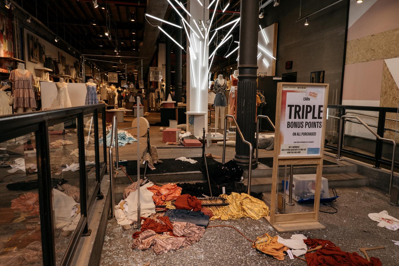 Boutique de Manhattan pillée, le 1 juin 2020, Getty Images