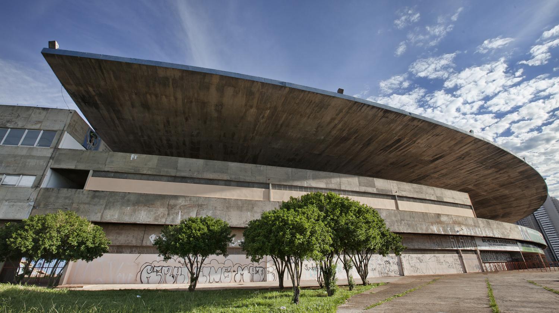Stade Serra Dourada, à Goiânia au Brésil, conçu par Paulo Mendes da Rocha, Getty Images