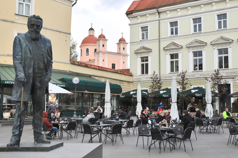 Vilnius se rêve grand café à ciel ouvert , AFP