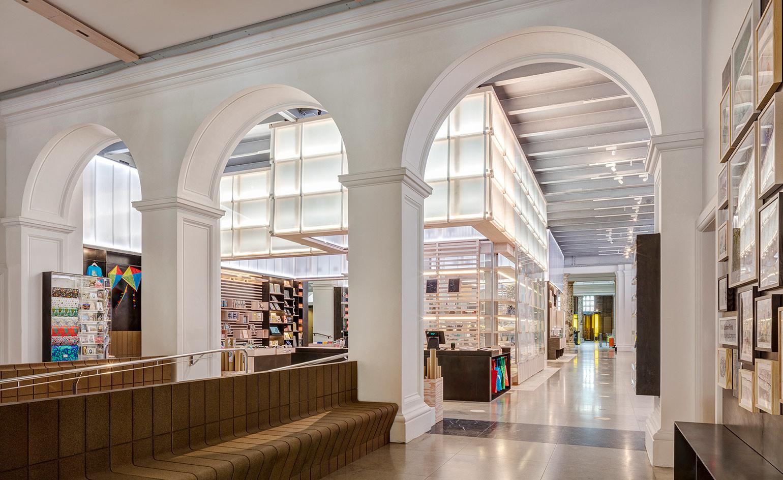 Boutique principale du V&A, Ed Reeve / Friend and Company