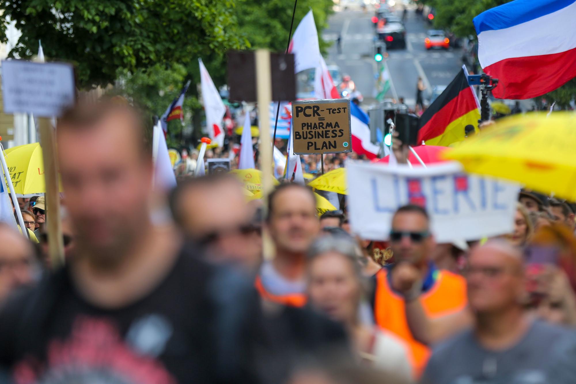 De betoging tegen coronamaatregelen en vaccinatie, Belga