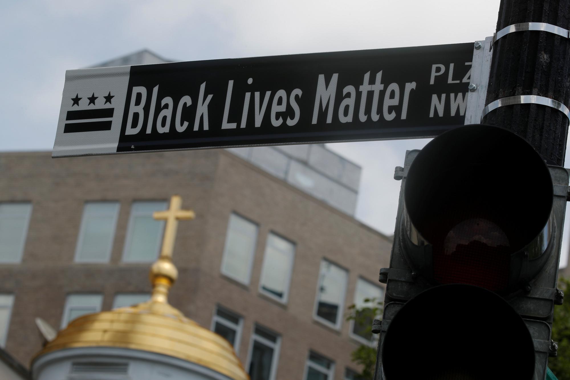 Washington D.C., 16th Street, REUTERS/Carlos Barria