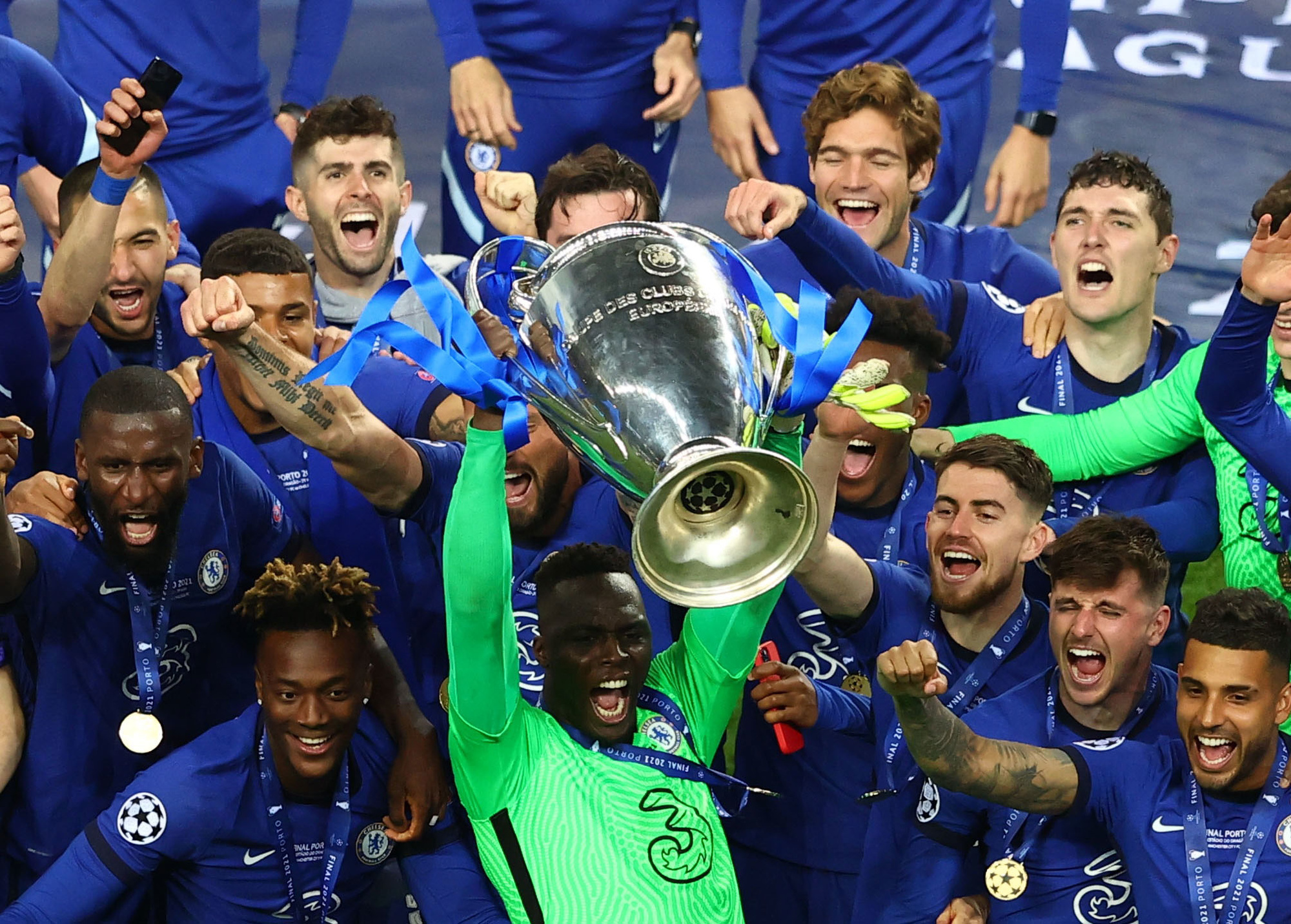 Vierende Chelseaspelers, Reuters