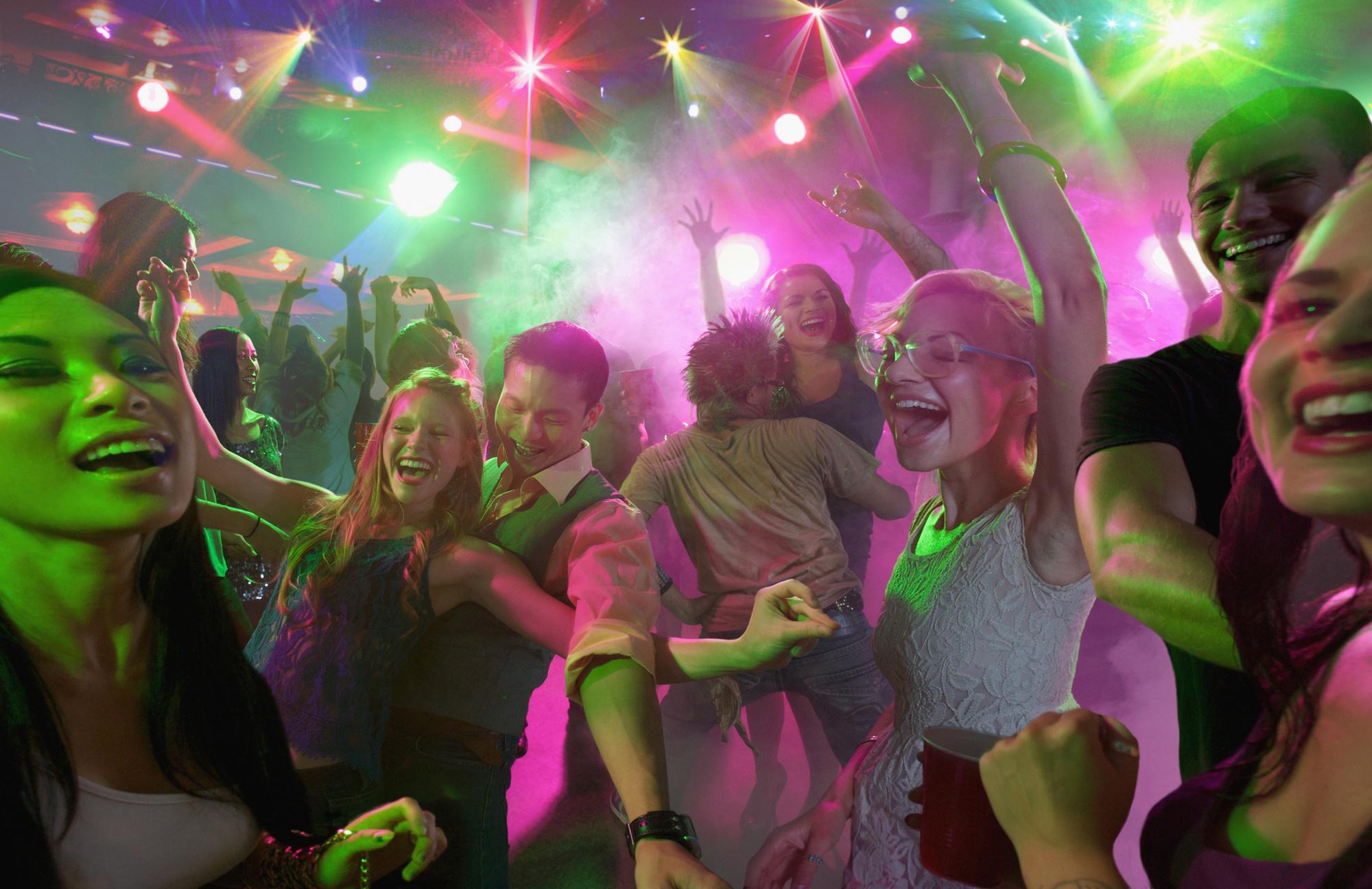 L'on pourra à nouveau danser, comme lors des fêtes de mariage., GETTY IMAGES