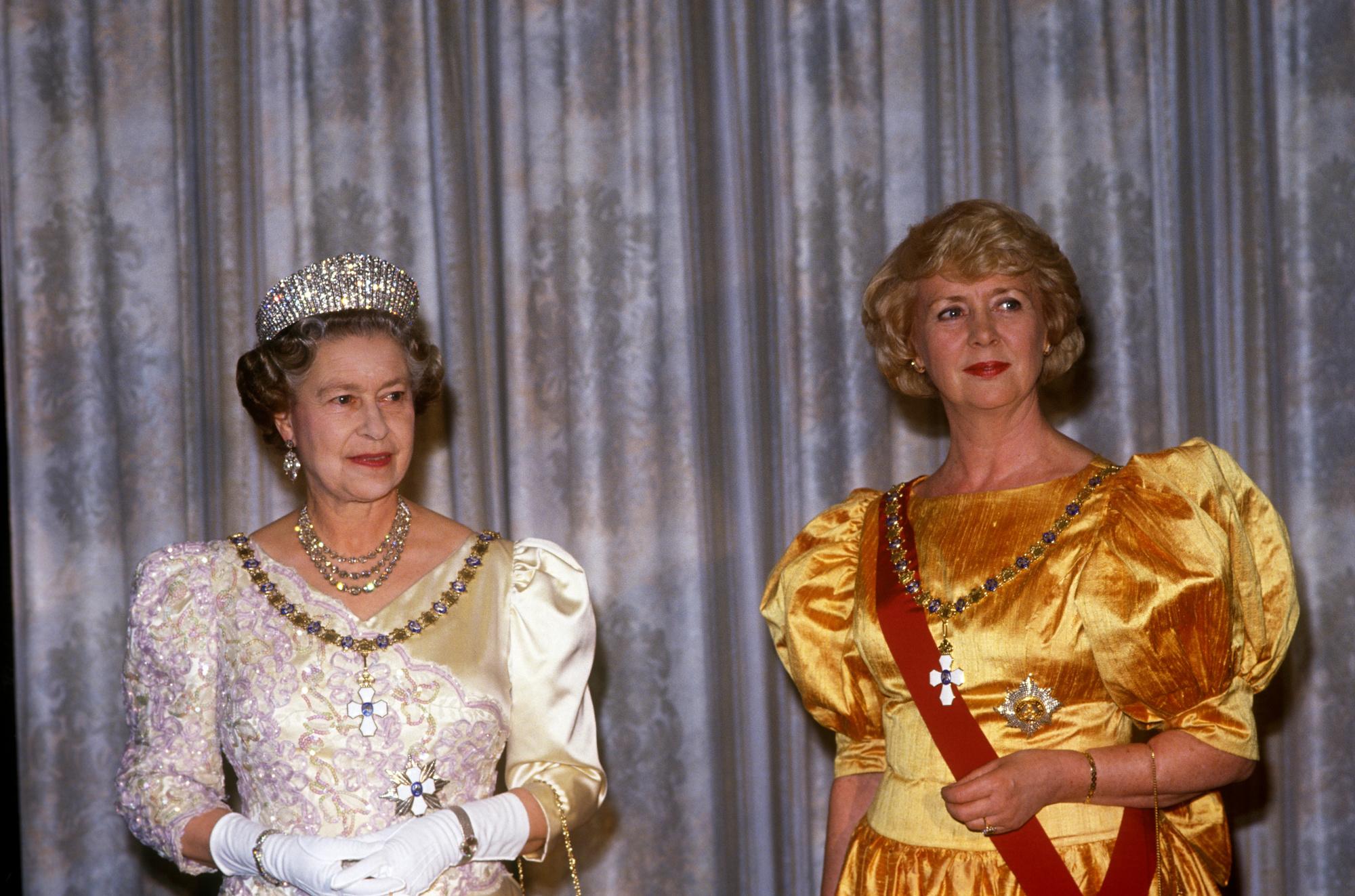Vigdis Finnbogadottir avec la reine Elizabeth, Getty