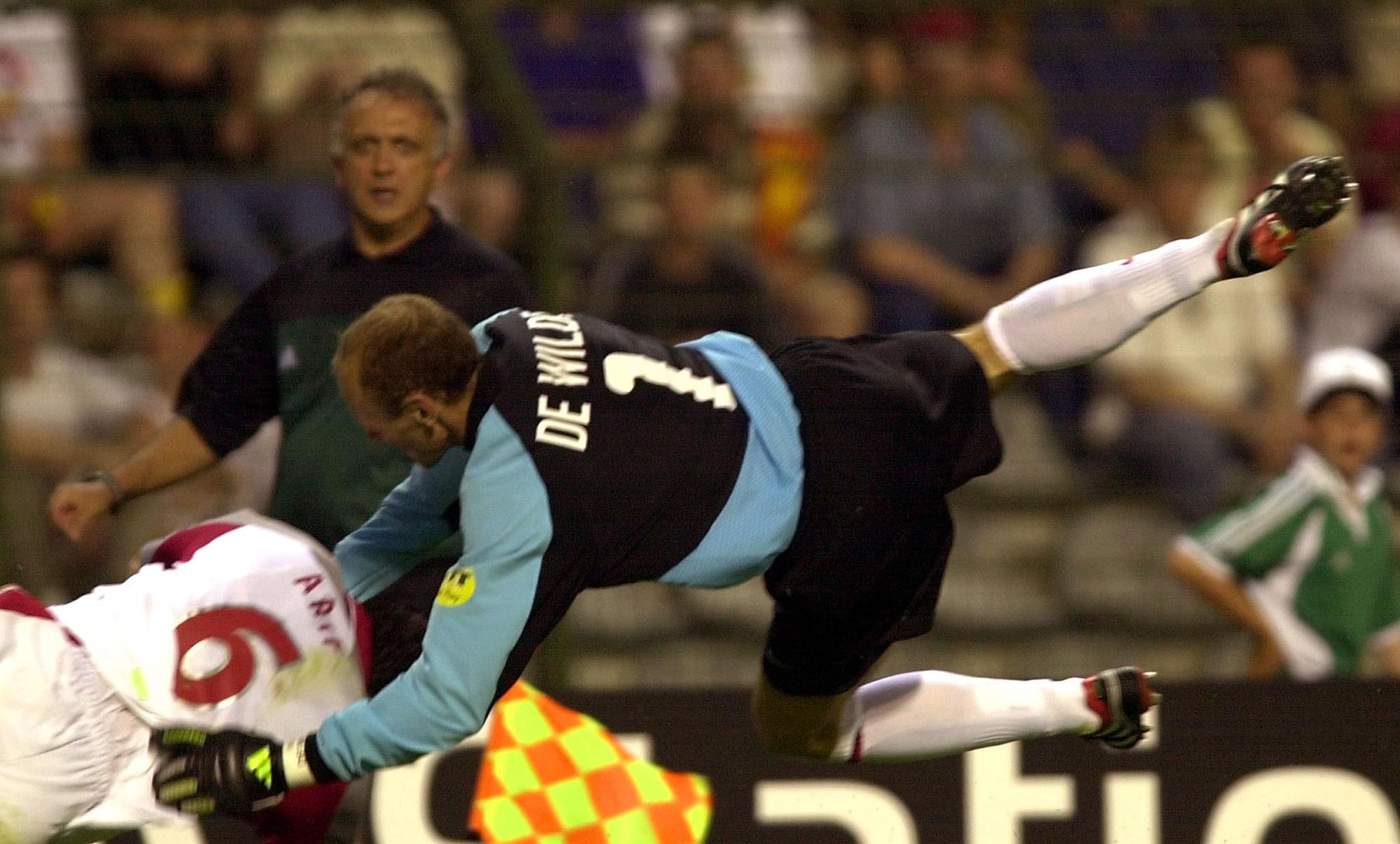 Quelques secondes avant l'atterrissage de la carrière internationale de Filip De Wilde, belga