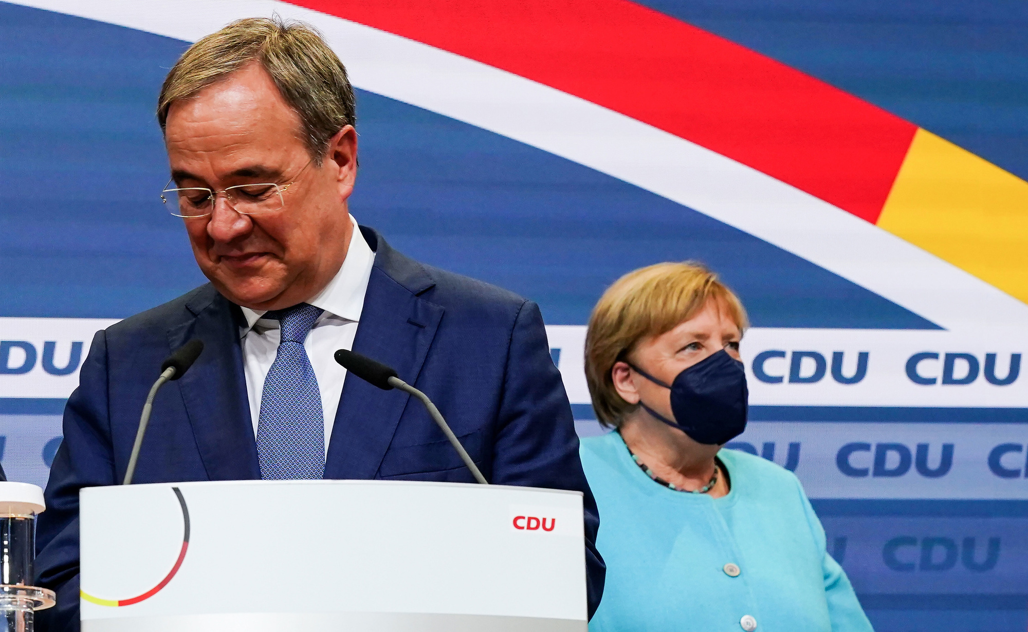 Armin Laschet en Angela Merkel op 26/09/2021
