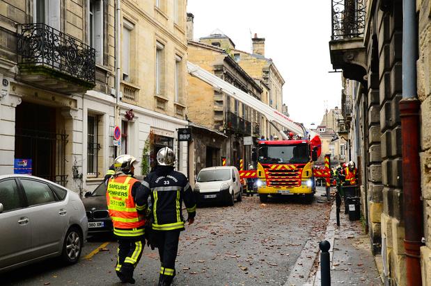 Image result for Importante explosion dans un immeuble à Bordeaux,