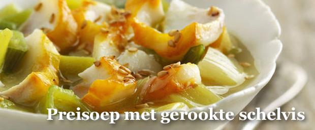 Een heerlijk gevulde soep met 'pak aan'. , .