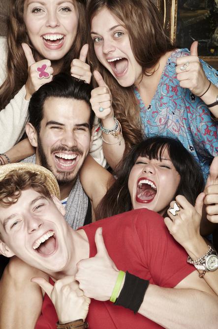 La joie d'être entre amis, un bien cher dont on est privé depuis de longs mois, Getty Images