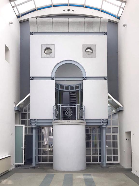 De binnenkoer van La Bocca Della Verita, Theo De Meyer